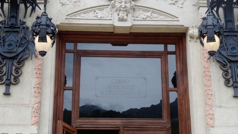 что посмотреть в окрестностях Бергамо, город Сан Пеллегрино, Сан Пеллегрино, Казино Сан Пеллегрино